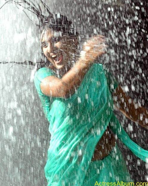 Monica In wet green Saree stills (3)
