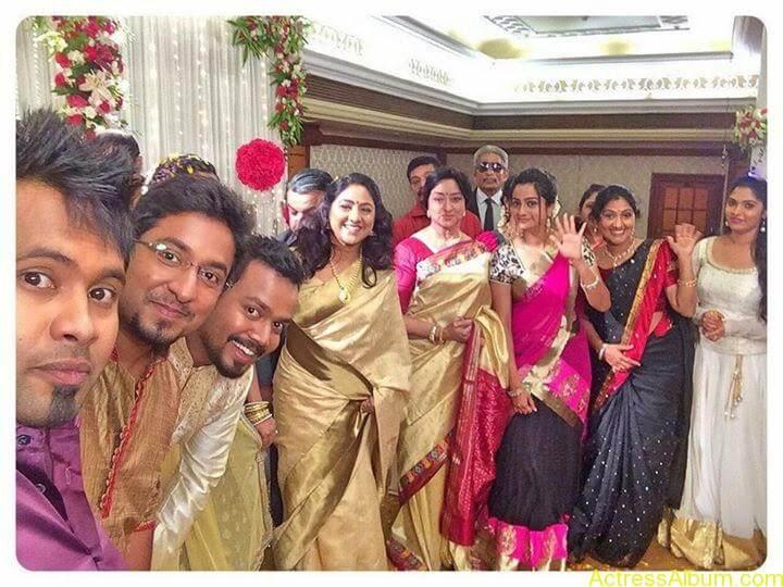 Namitha Pramod With Ormayundo Ee Mugam Team2
