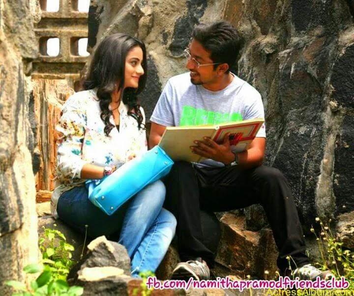 Namitha Pramod With Ormayundo Ee Mugam Team5