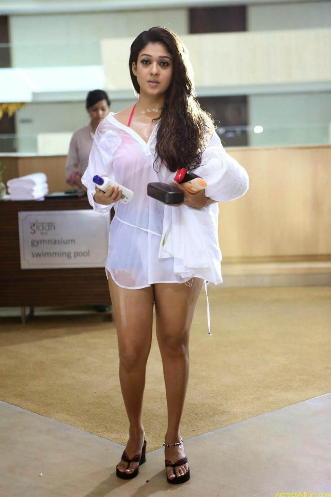 Nayanthara-bikini-stills.jpg