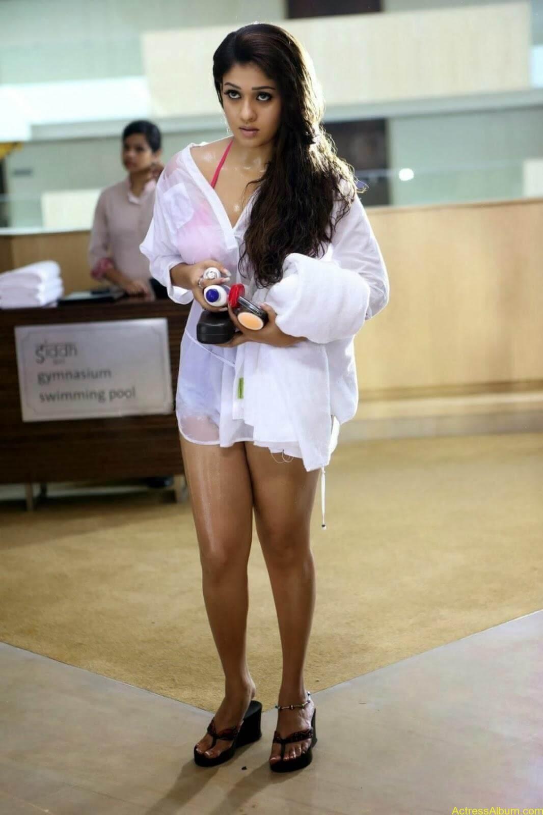 Nayanthara-in-Bikini.jpg