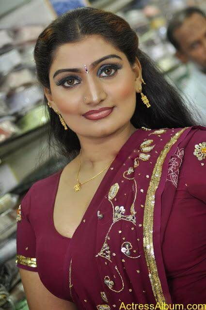 Mallu Actress Babilona Sexy Saree Photos - Actress Album-4968