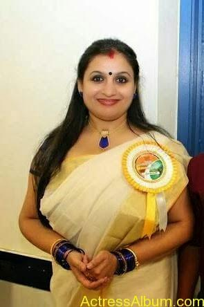 Old Actress Suchithra in Set Saree Photos Malayalam Actress