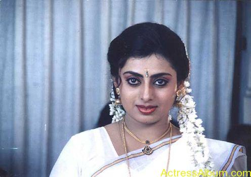 Old Actress Suchithra in Set Saree Photos Malayalam Actress5