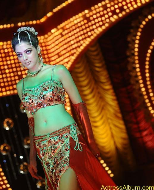 Parvathi Melton Exposing in Spicy Item Song 6