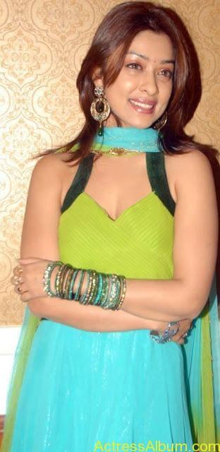 Payal_Gosh_Harika_Green_8
