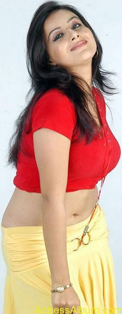 Pooja_Gandhi_Red_Hot_2