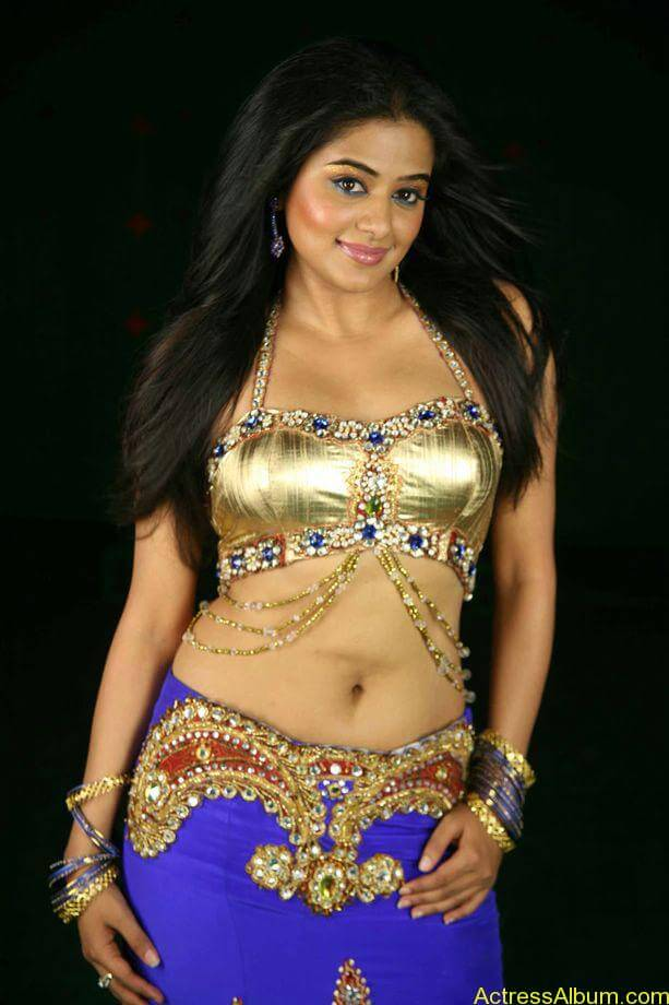 priyamani_latest_photo_gallery (1)