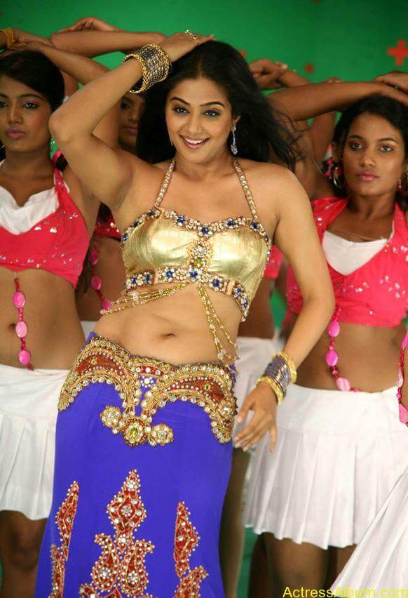 priyamani_latest_photo_gallery (10)