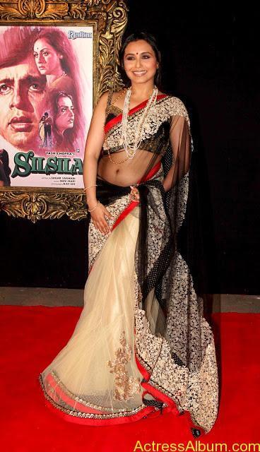Rani Mukerji Hot Navel Show In Red Saree - Actress Album-1740
