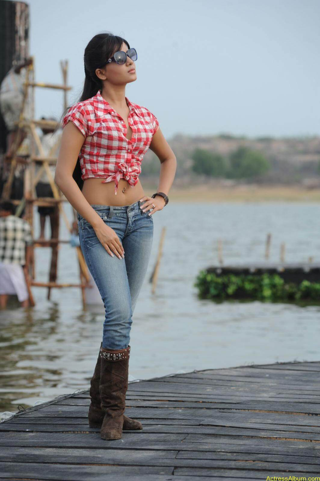 Samantha Ruth Hot Navel Show Stills3
