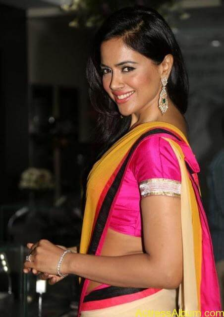SAMEERA REDDY HOT SAREE COLLECTION2