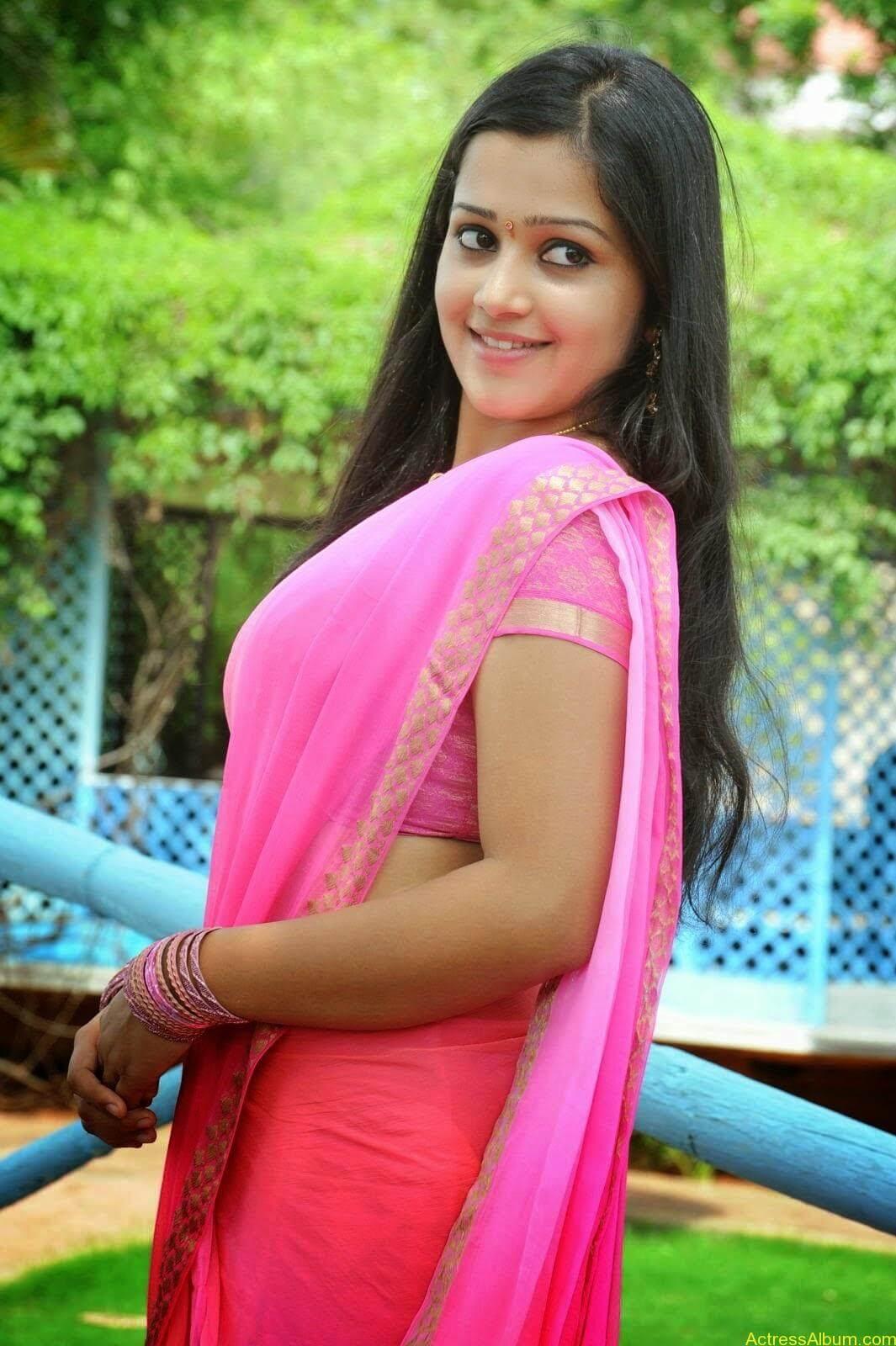 Samskruthy Shenoy In Pink Saree Hot Sexy Actress Photos2