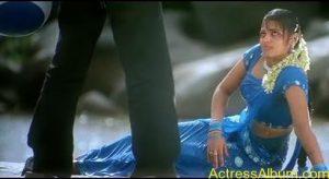 Sindhu Menon in Wet hot Saree2