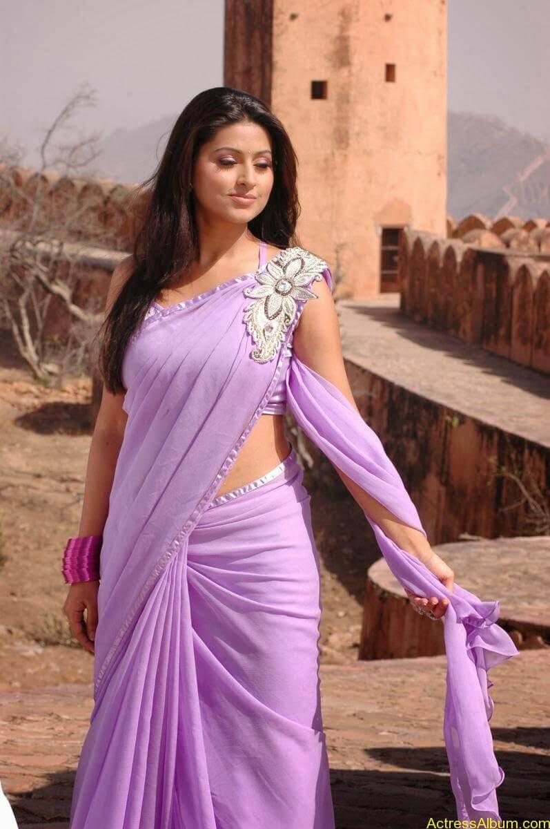 Sneha Latest Stills From Murattu Kaalai Movie (1)