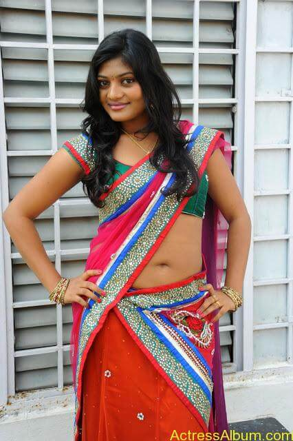 Soumya-Hot-Photos- (1)
