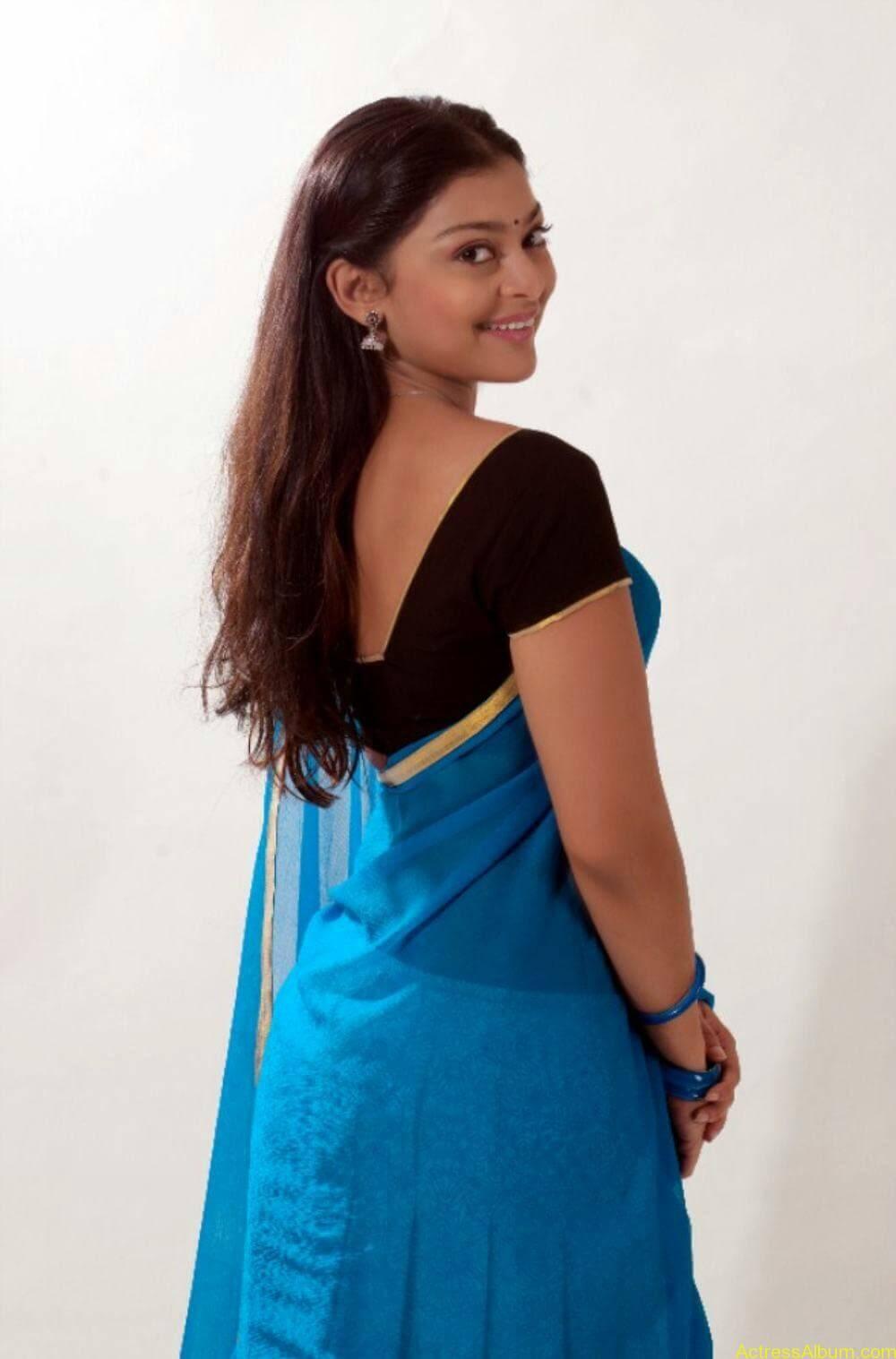 Soundarya Jayamala Hot 5