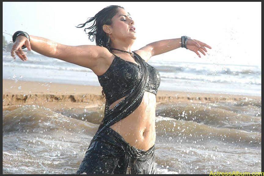 South Indian Masala Actress Farzana Deep Hot Navel Exposing Spicy Stills1