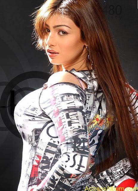 spicy Ayesha Takia Hot Unseen Pics2