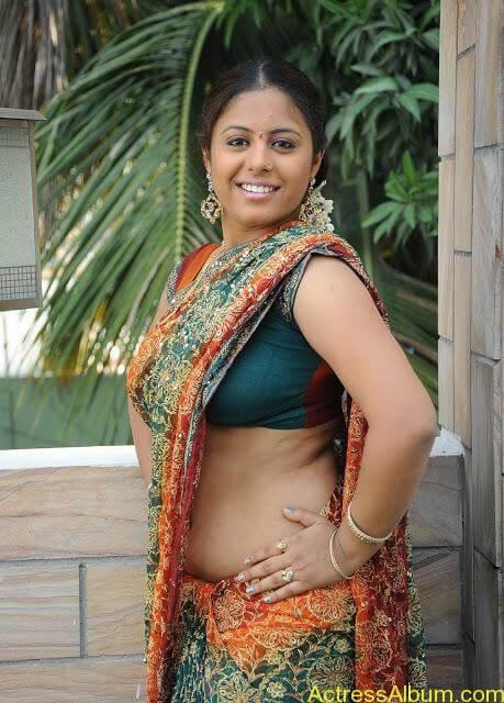 Sunakshi Hot 34