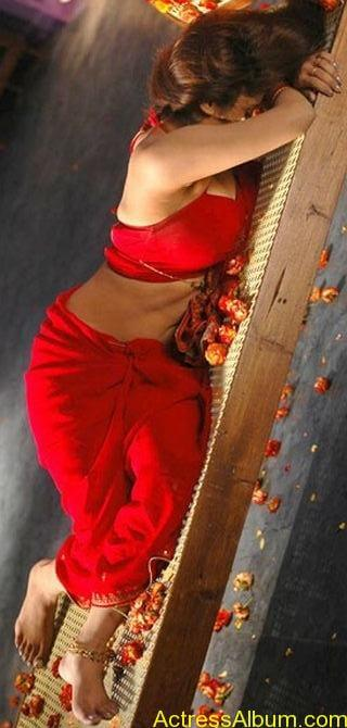 Sunita_Verma_Red_Hot_4