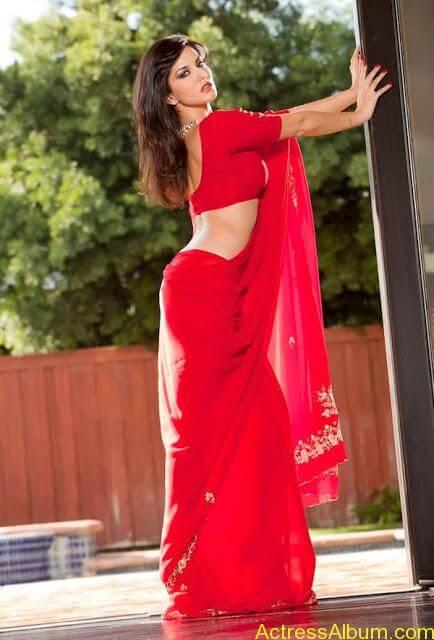 Sunny_Leone_in_Red_Saree_Hot_Sexy_Pics_002
