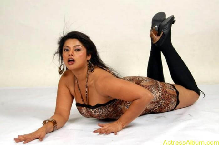 Telugu Actress Swathika Hot Photoshoot Gallery