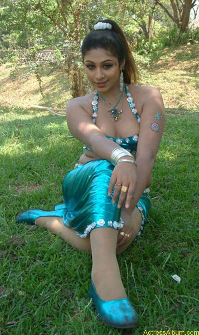 Tamil Actress Laksha Hot Stills 13
