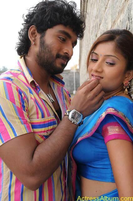 tamil-actress-priyanka-chandira55