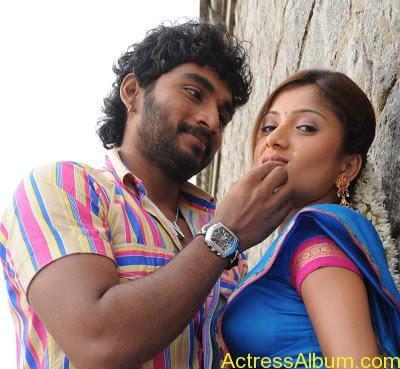 tamil-actress-priyanka-chandira99