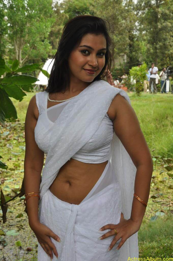 Tamil-Unkown-Spicy-Item-Girl-pictures-680x1024