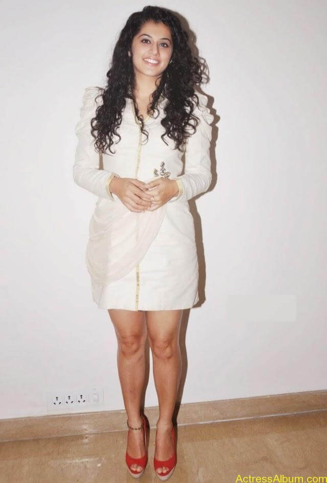 Tapasee Pannu Hot Thighs Pics in White Mini Skirt Photos