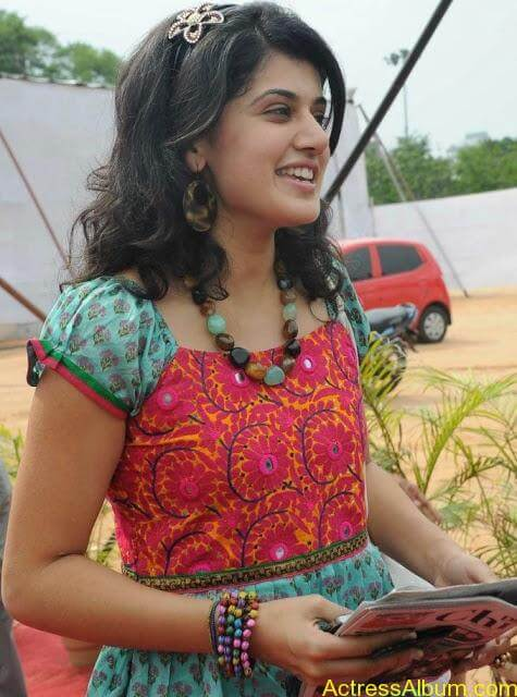 Tapsee_Cool_3