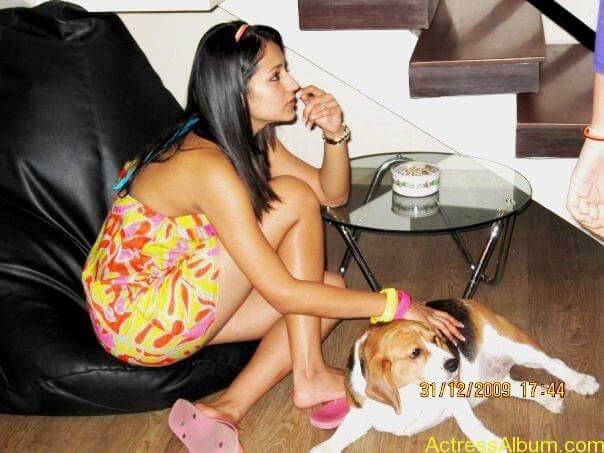Trisha Hot Thigh Show (23)