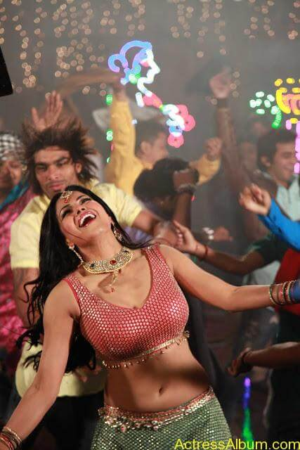 Veena Malik in Punjabi Movie (3)