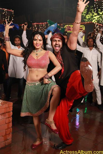 Veena Malik in Punjabi Movie (7)