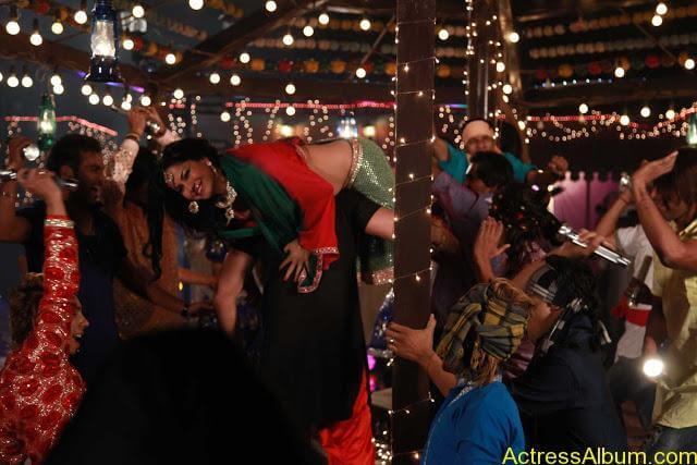 Veena Malik in Punjabi Movie (8)