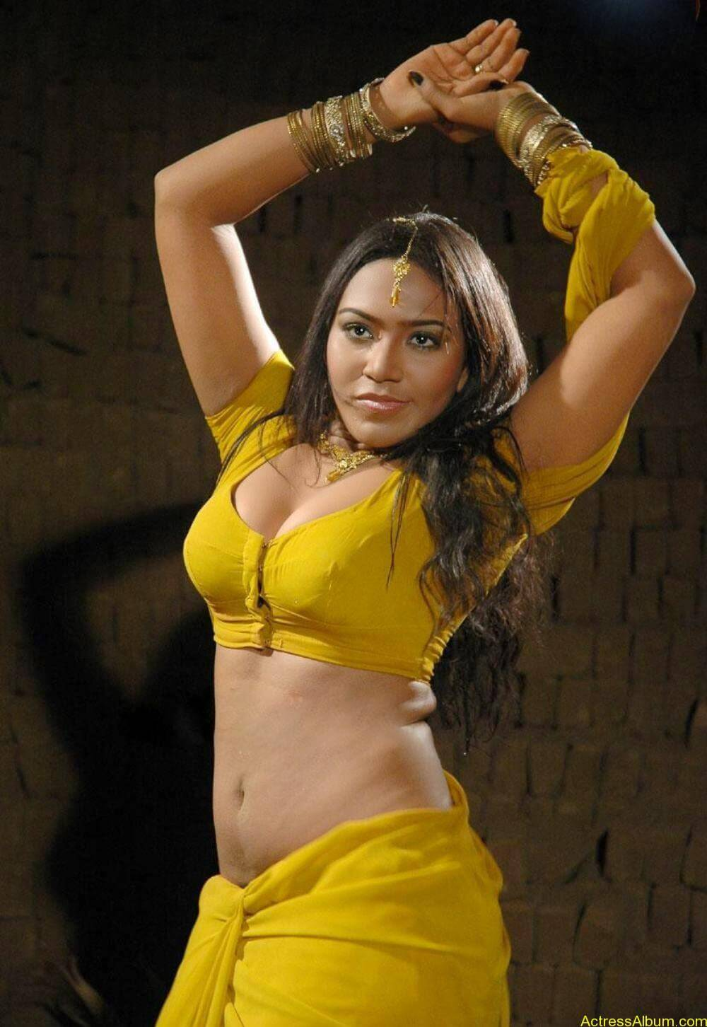 veeran muthu movie hot stills