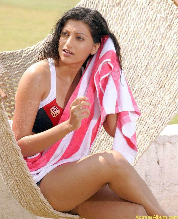 South Indian Bikini Girls Photo Gallery