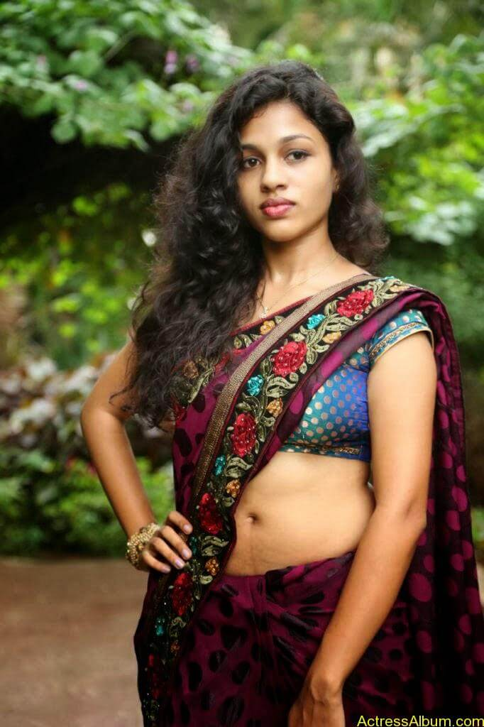 Actress Chaitra Exposing Navel Show10