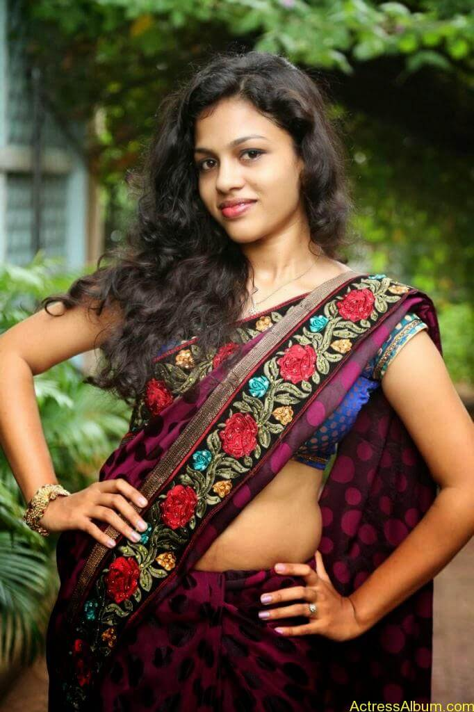 Actress Chaitra Exposing Navel Show8