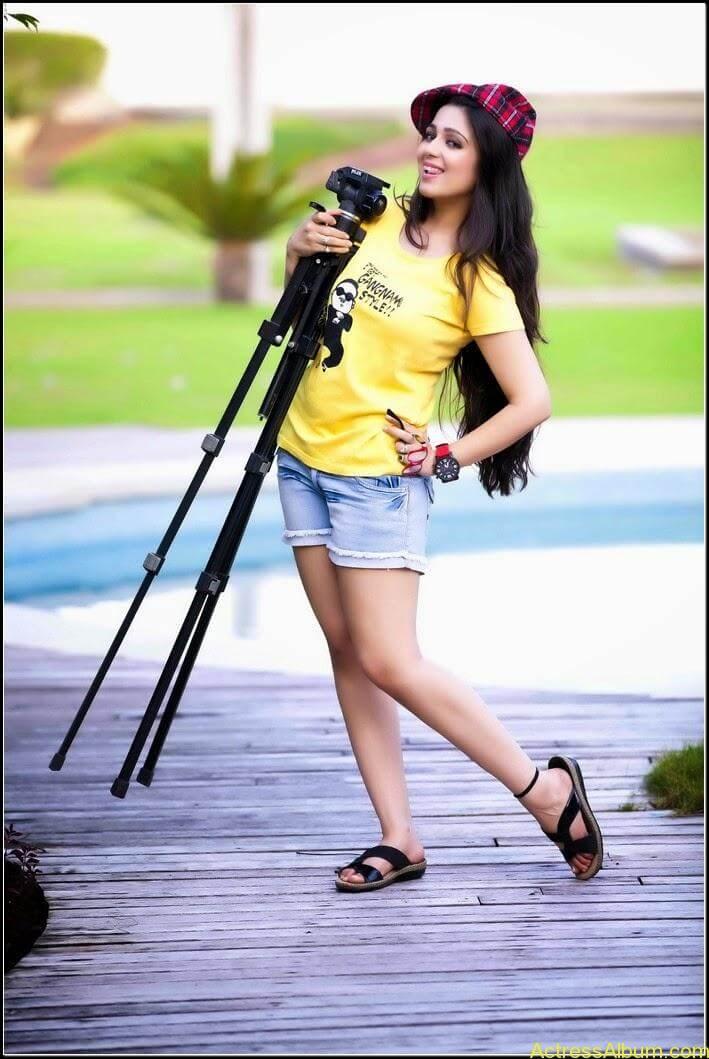 Actress Charmi Spicy Sexy Stills4