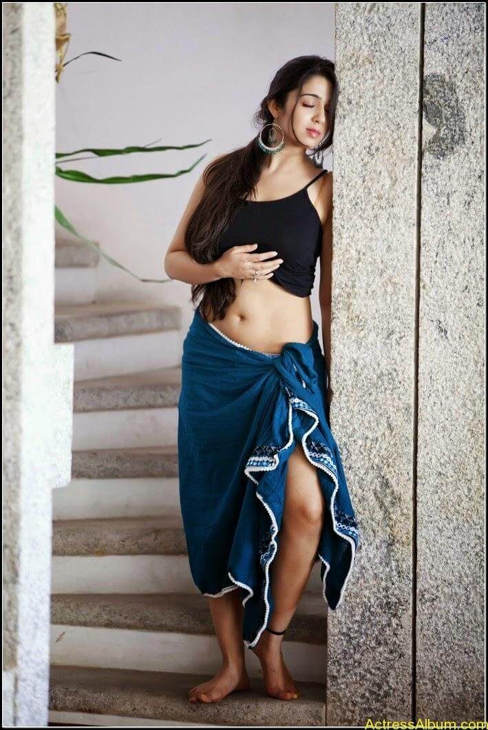Actress Charmi Spicy Sexy Stills8
