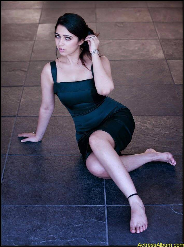Actress Charmi Spicy Sexy Stills9