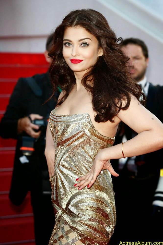 aishwarya rai at cannes film festival (7)