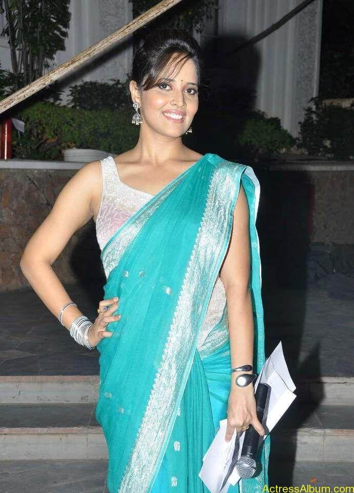 Anchor-Anasuya-in-Transaparent-saree-photos _5_