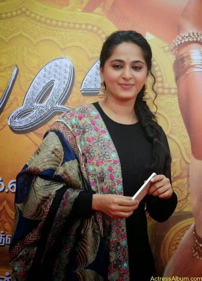 Anushka At Linga Audio Launch (3)