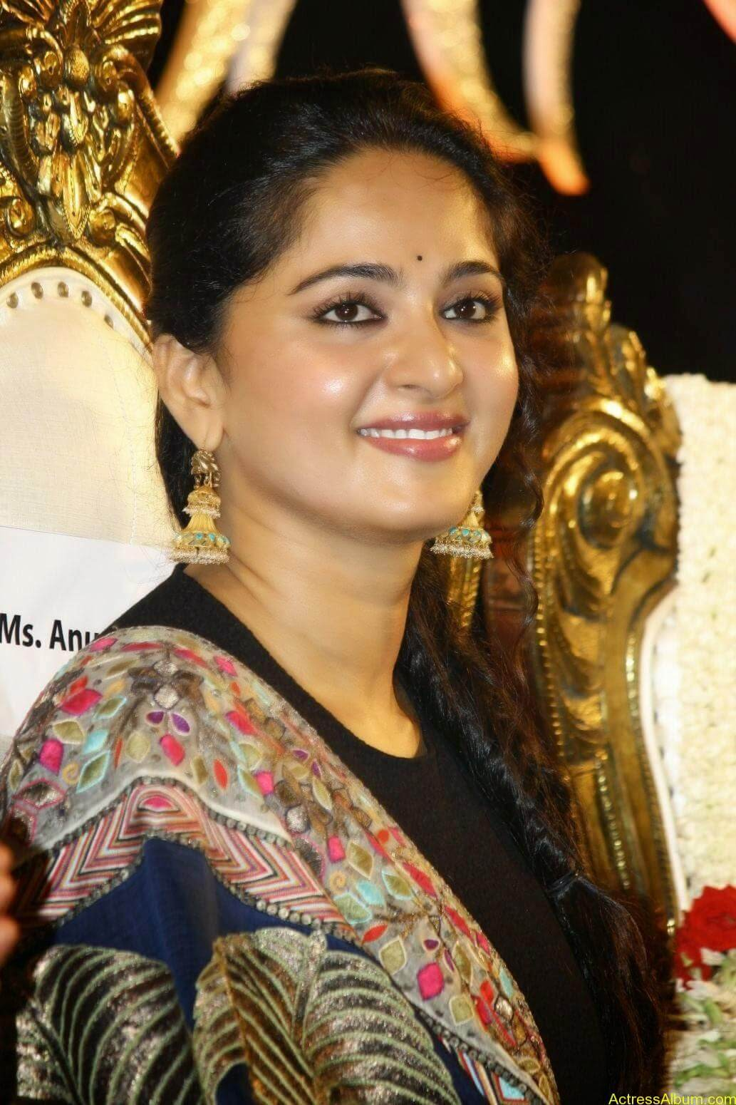 Anushka At Linga Audio Launch (9)