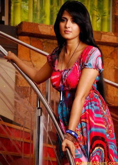Anushka In Ragada (4)