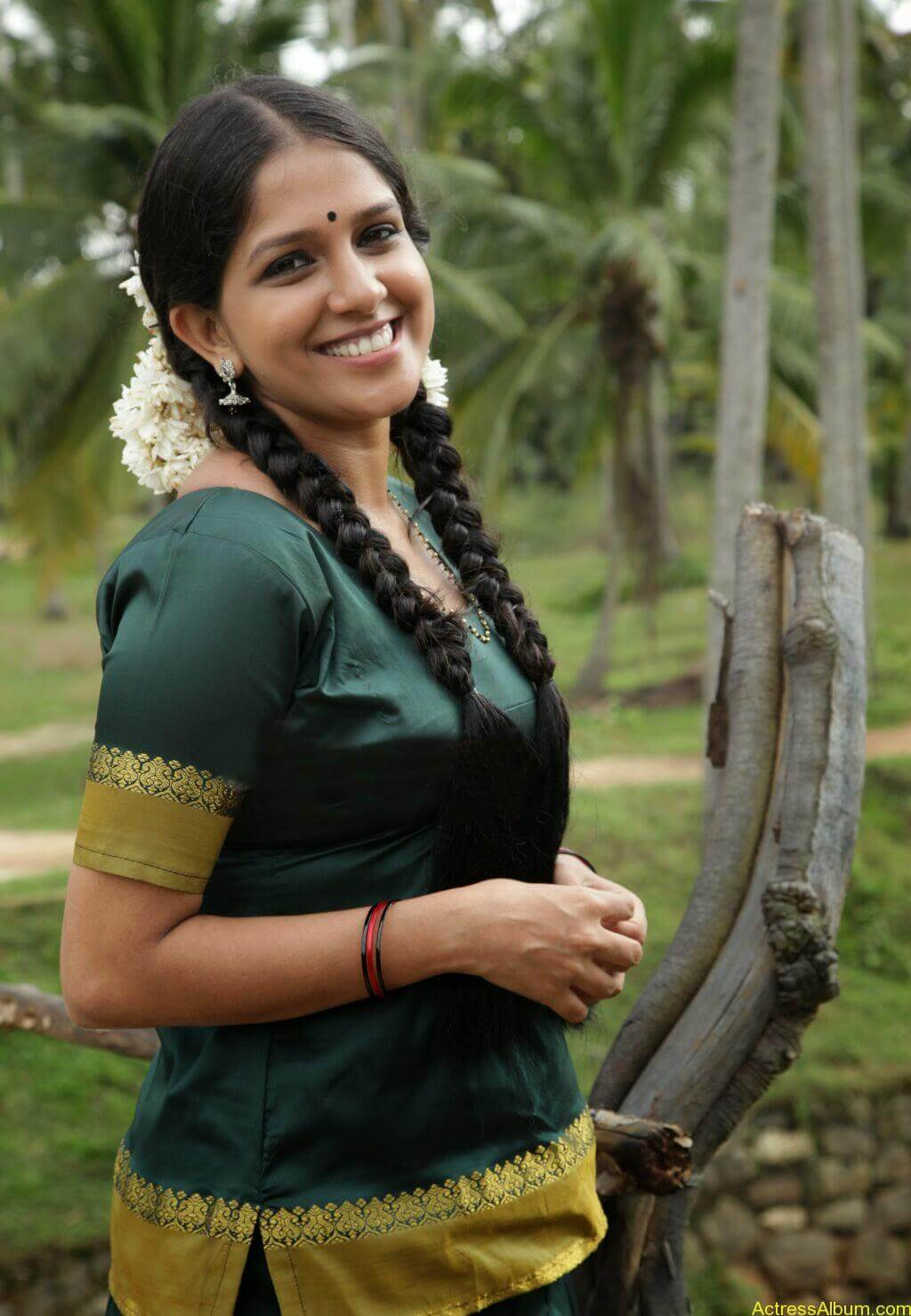 Aparna-Nair-Hot-in-Pattu-Pavada-and-Blouse-4